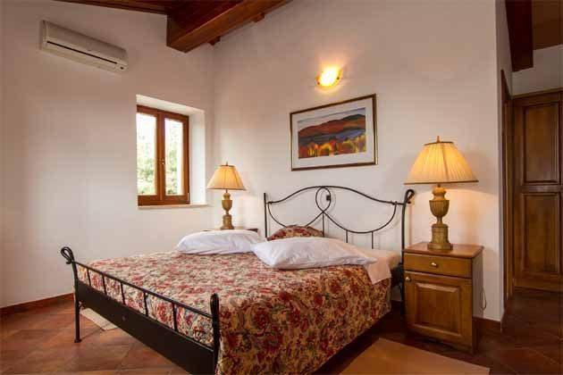 Schlafzimmer 2 von 5 - Objekt 160284-140