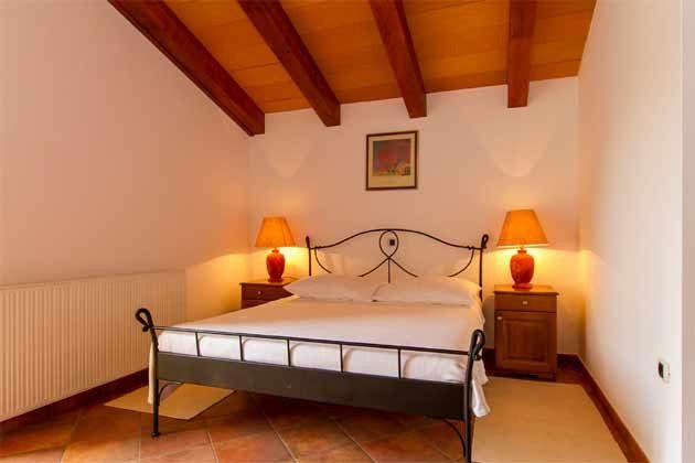 Schlafzimmer 3 von 5 - Bild 1 - Objekt 160284-140