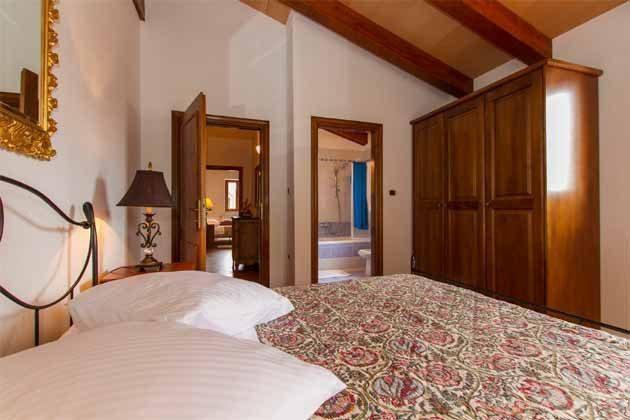 Schlafzimmer 3 von 5 - Bild 1 - Objekt 160284-141