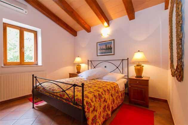 Schlafzimmer 3 von 5 - Bild 2 - Objekt 160284-141