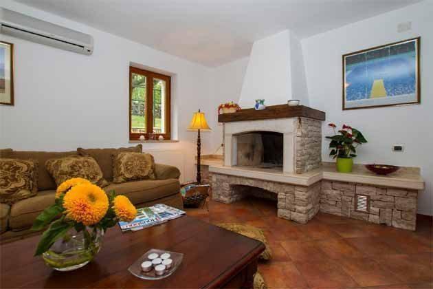 Wohnzimmerbereich - Bild 1 - Objekt 160284-141