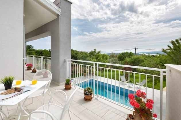 Blick vom Balkon - Bild 1 - Objekt 138493-24