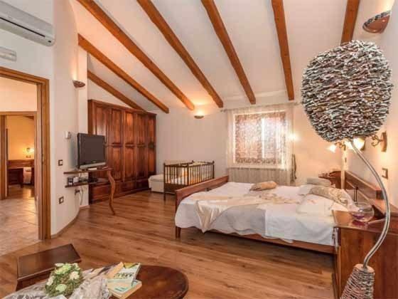 Schlafzimmer 2 - Bild1 - Objekt 160284-229