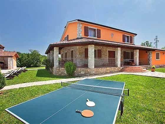 Tischtennisplatte im Garten - Objekt 160284-229
