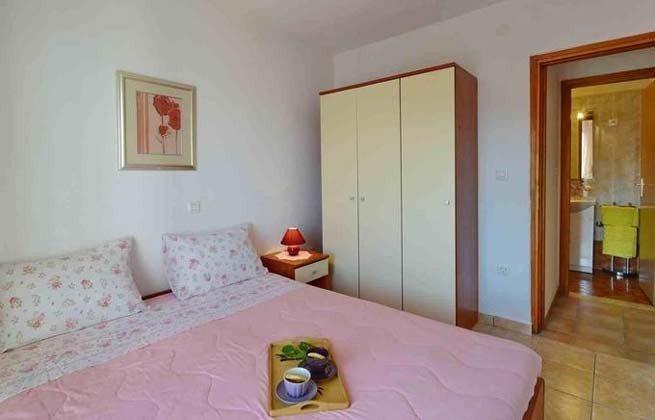 Schlafzimmer 2 OG - Bild 3 - Objekt 160284-249
