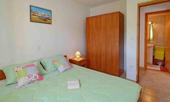Schlafzimmer EG - Bild 2 - Objekt 160284-249
