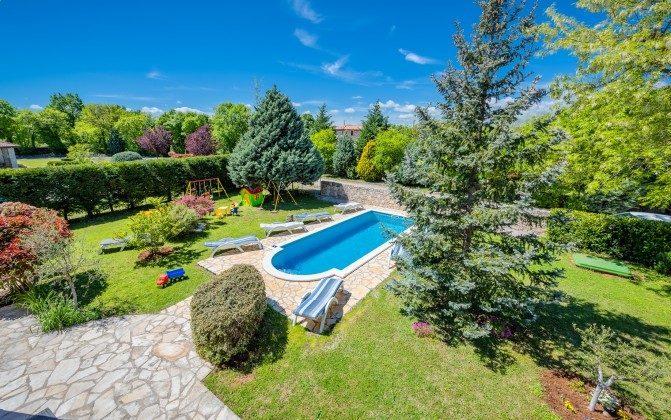 Pool und Garten - Bild 2 -  Objekt 160284-310