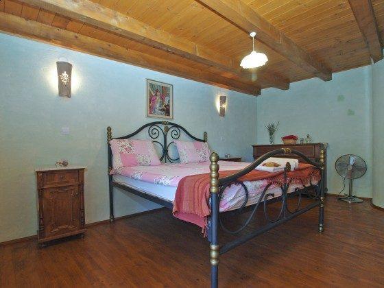 Schlafzimmer 2 im Hauphaus - Objekt 160284-39