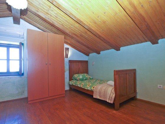 Schlafzimmer 4 im Haupthaus - Bild 2 - Objekt 160284-39