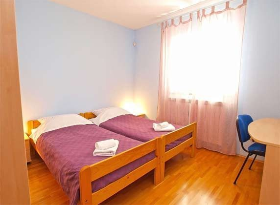 FW1 Schlafzimmer 2 - Objekt 160284-46