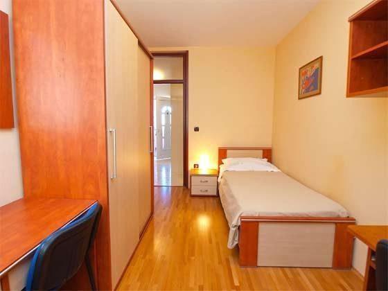 FW1 Schlafzimmer 3 - Objekt 160284-46