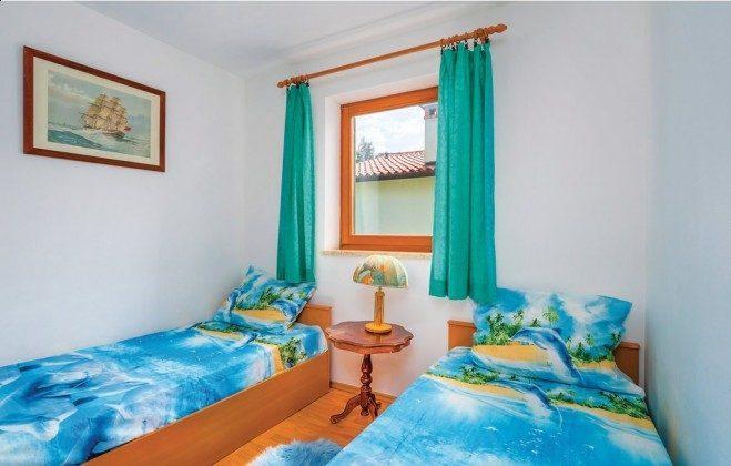 Schlafzimmer 2 - Bild 1 - Objekt 160284-49
