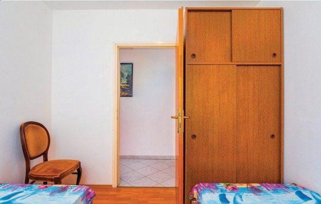 Schlafzimmer 2 - Bild 2 - Objekt 160284-49