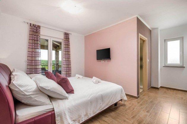 Schlafzimmer 2 - Bild 2 - Objekt 215611-1