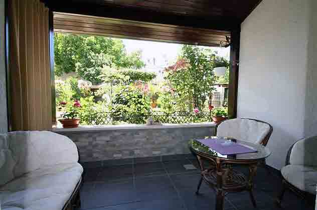 Blick von der überdachten Terrasse - Objekt 139384-1