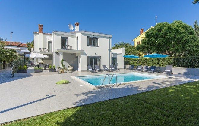 Ferienvilla und Pool - Bild 3 - Objekt 160284-368