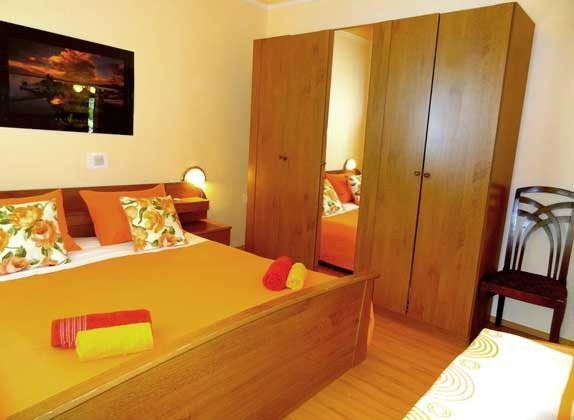 A4 Schlafzimmer 1 von 2