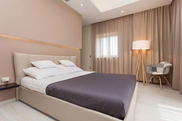 Schlafzimmer 2 von 3 - Objekt 160284-104 Bild 2