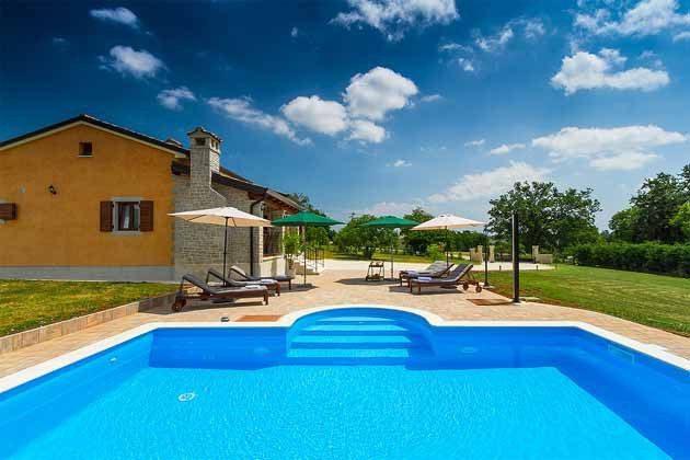 Ferienhaus und Pool - Bild 1 - Objekt 160284^149