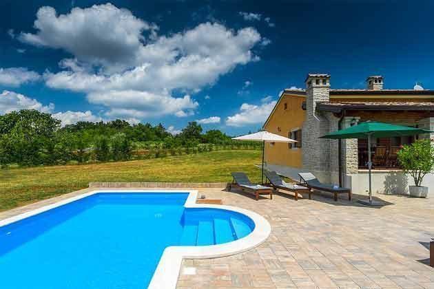 Ferienhaus und Pool - Bild 2 - Objekt 160284-149