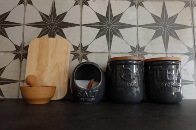 Küchenzeile - Utensilien - Bild 1 - Objekt 160284-202