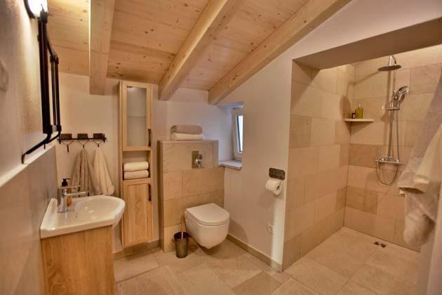 Duschbad 1 von 3 - Bild 1 - Objekt 160284-202