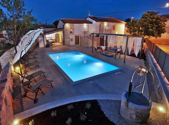 Villa und Pool - Bild 2 - Objekt 160284-202