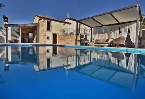 Villa und Pool - Bild 3 - Objekt 160284-202