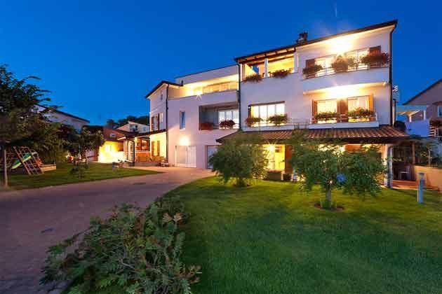 Haus und Garten - rückwärtige Seite - Objekt 160284-207