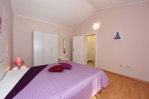Schlafzimmer 1 - Bild 2 - Objekt 160284-215
