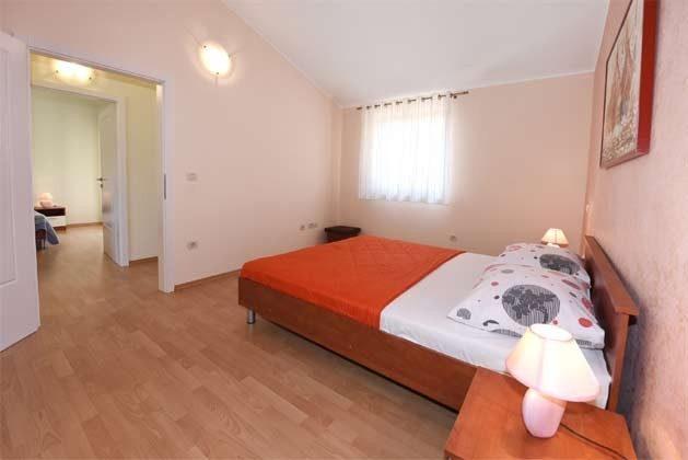 Schlafzimmer 2 - Bild 2 - Objekt 160284-215