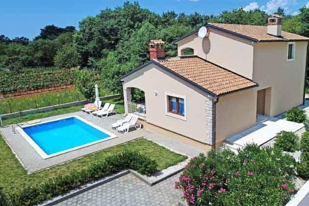 Ferienhaus und Pool - Bild 2 - Objekt 160284-215