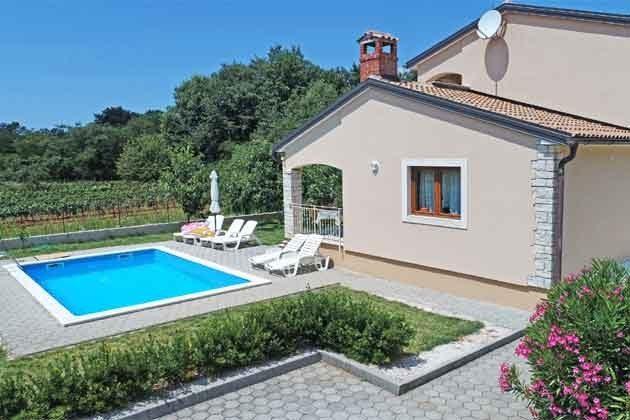 Ferienhaus und Pool - Bild 3 - Objekt 160284-215