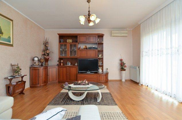 Wohnzimmer - Bild 3 - Objekt 160284-224