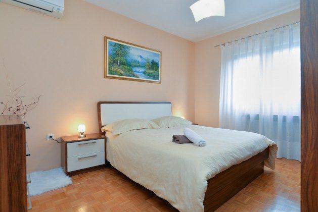 Schlafzimmer 1 - Bild 1 - Objekt 160284-224