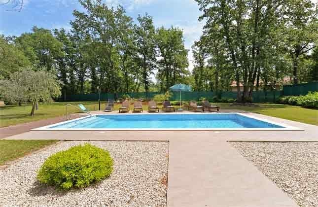 der Pool - Bild 2 -  Objekt 160284-250