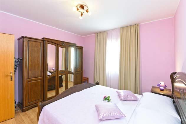 Schlafzimmer 1 - Bild 1 - Objekt 160284-265
