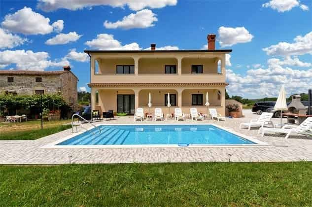 Ferienwohnung und Pool - Bild 2 - Objekt 160284-265