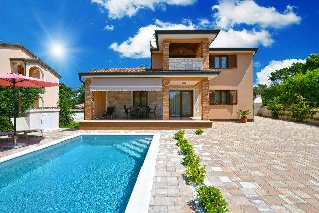 Ferienhaus und Pool - Bild 2 - Objekt 160284-308