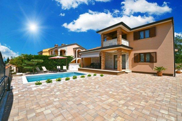 Ferienhaus und Pool - Bild 3 - Objekt 160284-308