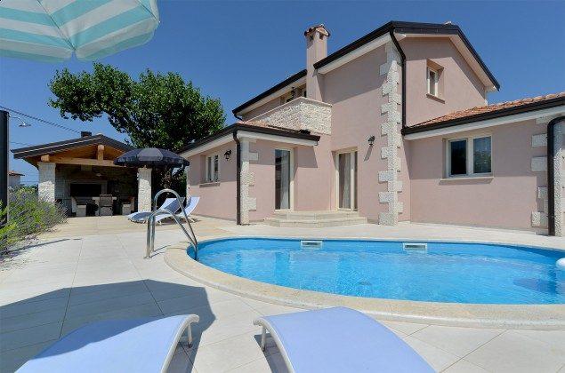 Ferienhaus und Pool - Objekt 160284-309