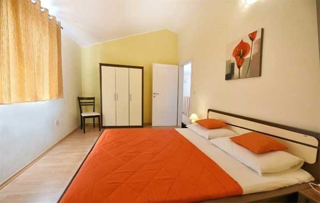 Schlafzimmer 2 - Bild 2 - Objekt. 160284-33