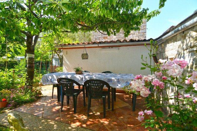 A1 weitere Terrasse im Garten - Bild 2 - Objekt 160284-43