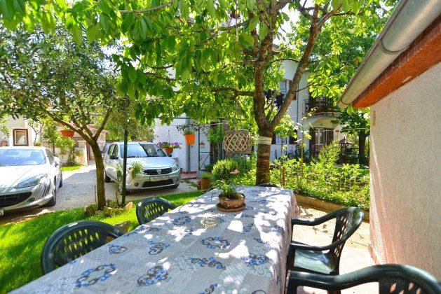 A1 weitere Terrasse im Garten - Bild 3 - Objekt 160284-43