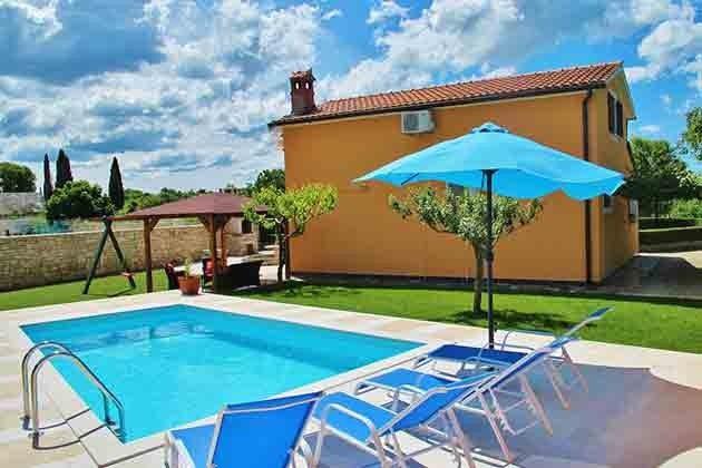Haus und Pool - Bild 1 - Objekt 160284-62