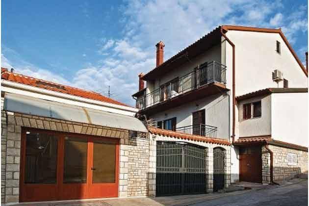 Das Wohnhaus Straßenseite - Objekt 160284-143