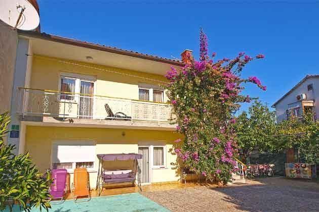Terrasse FW1. und Balkon FW2 - Objekt 160284-198