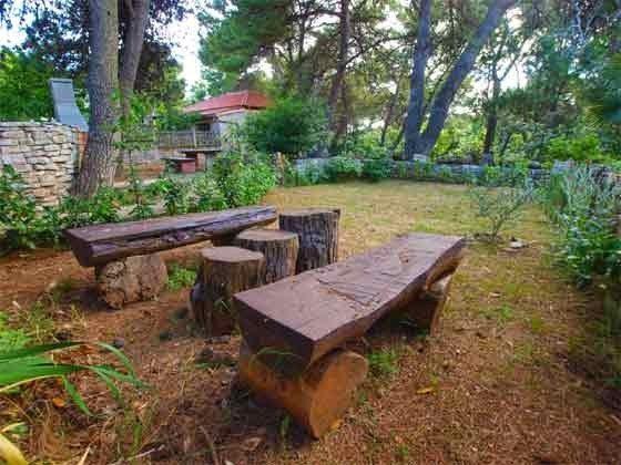 Sitzplätze im Garten - Bild 1 - Objekt 160284-220
