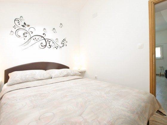 Schlafzimmer - Bild 2 - Objekt 160284-285