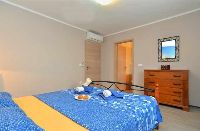 Schlafzimmer 1 - Bild 2 - Objekt 160284-58